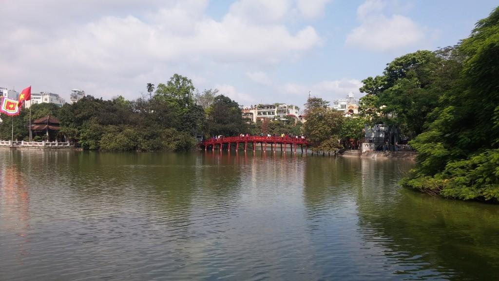 den røde bro i hanoi