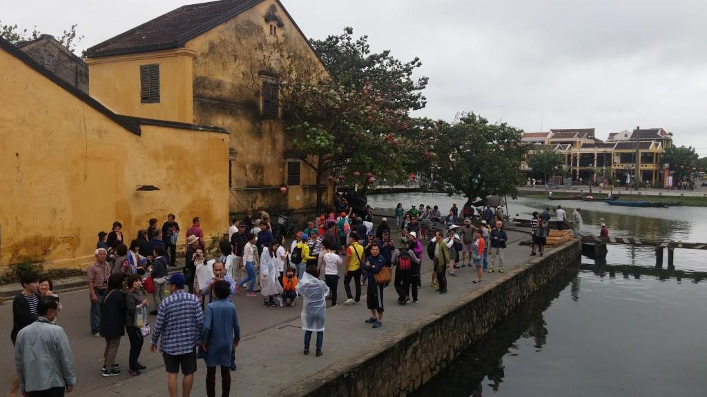 turister i vietnam