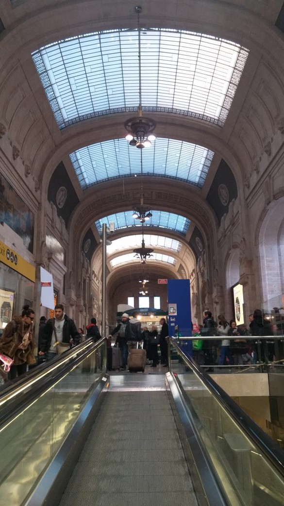 centrale station i milano